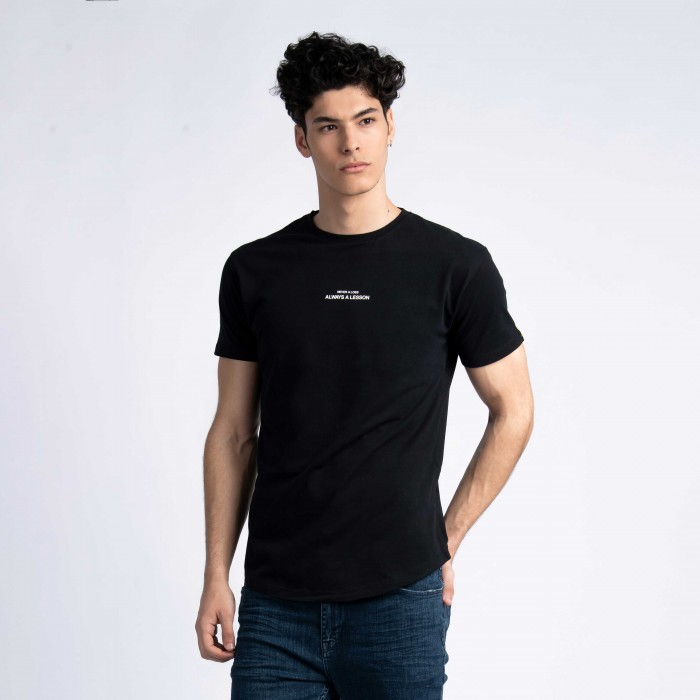 """Never a Loss, Always a Lesson"" Curved Hem T-Shirt in Black"