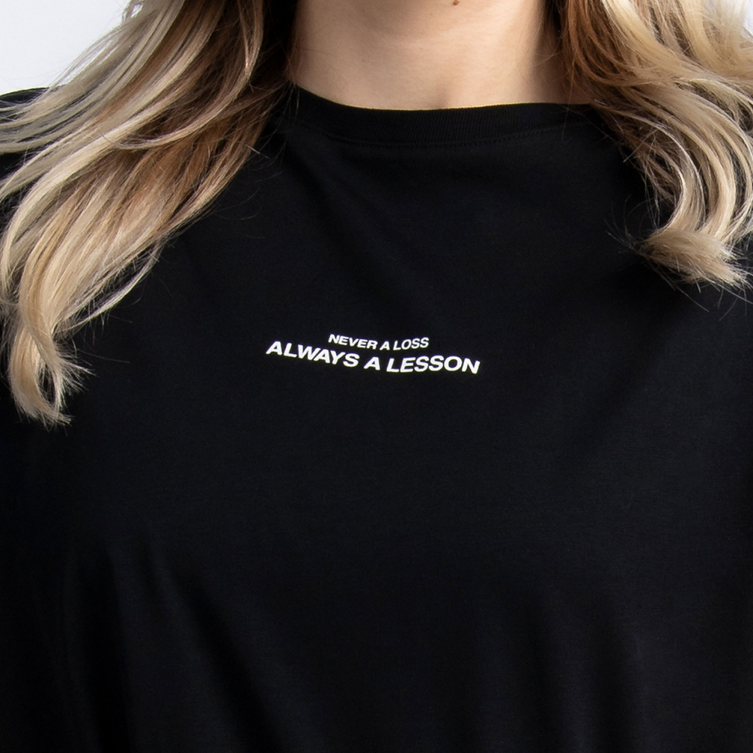 """Never a Loss, Always a Lesson"" T-Shirt In Black Cotton"