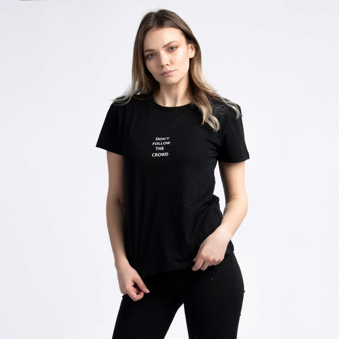 """""""Don't Follow The Crowd"""" T-Shirt In Black"""