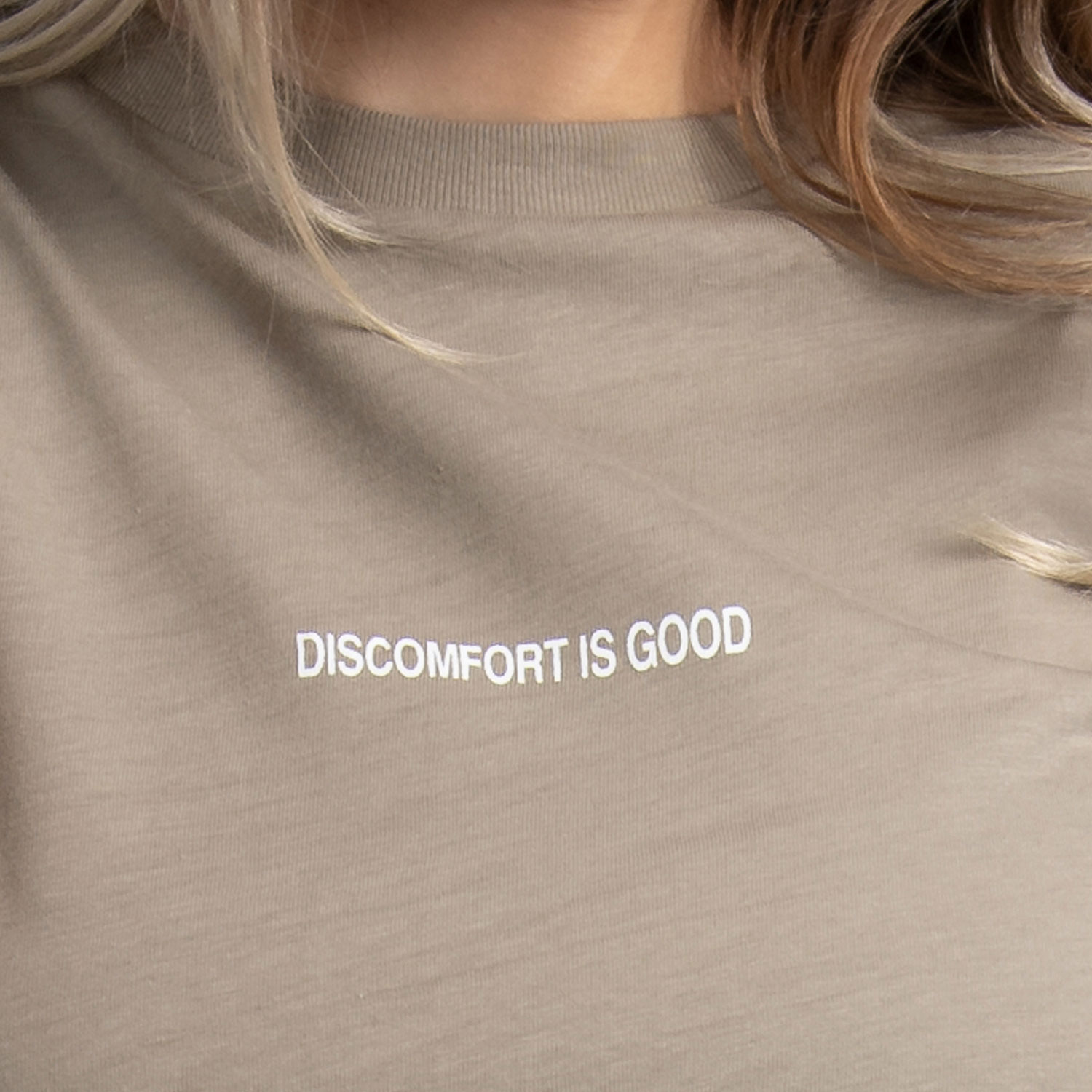 """Discomfort is Good"" T-Shirt In Beige"